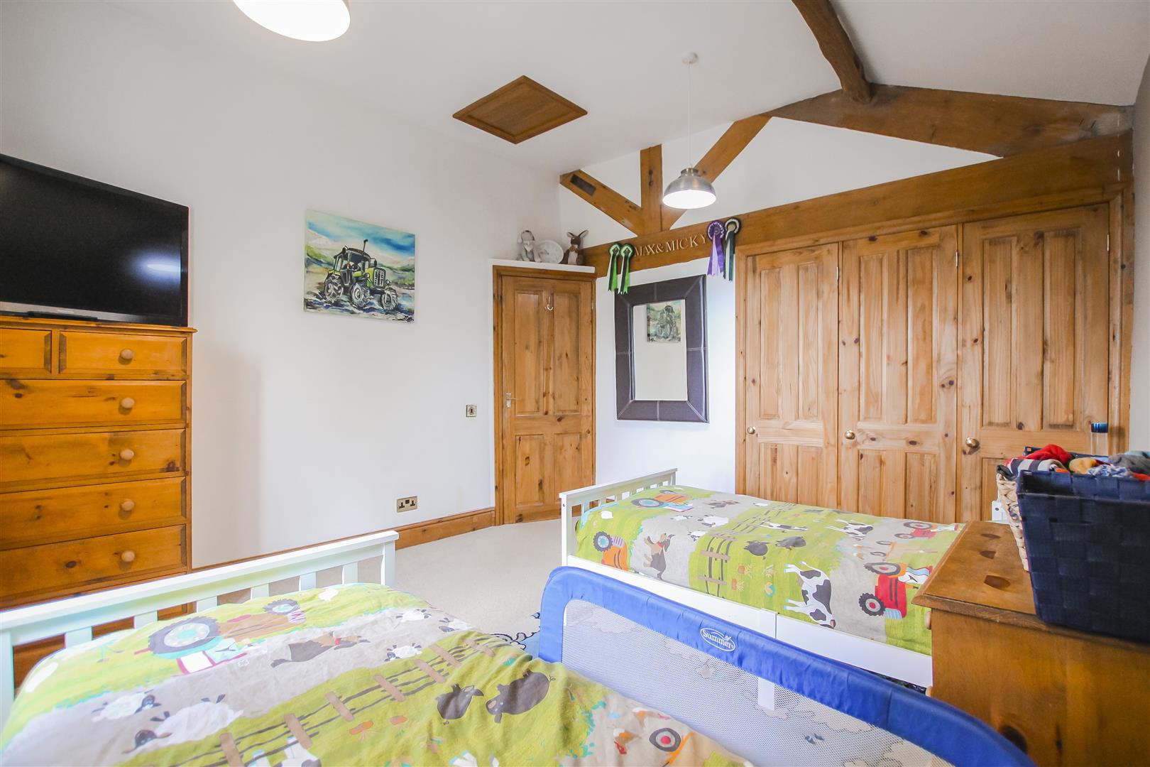 4 Bedroom Semi-detached House For Sale - Image 53